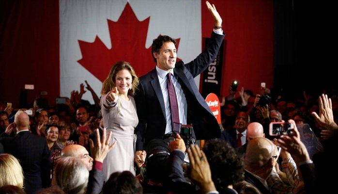 "Internet Searches on ""How to Move to Canada"" Surge Following US Presidential Super Tuesday"